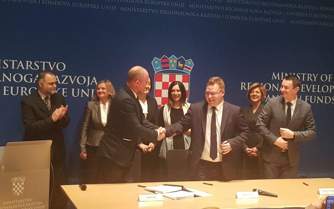 """Započela provedba EU projekta """"RCK KaRijERA"""" za uspostavu infrastrukture Regionalnog centra kompetentnosti u podsektoru elektrotehnike i računalstva"""